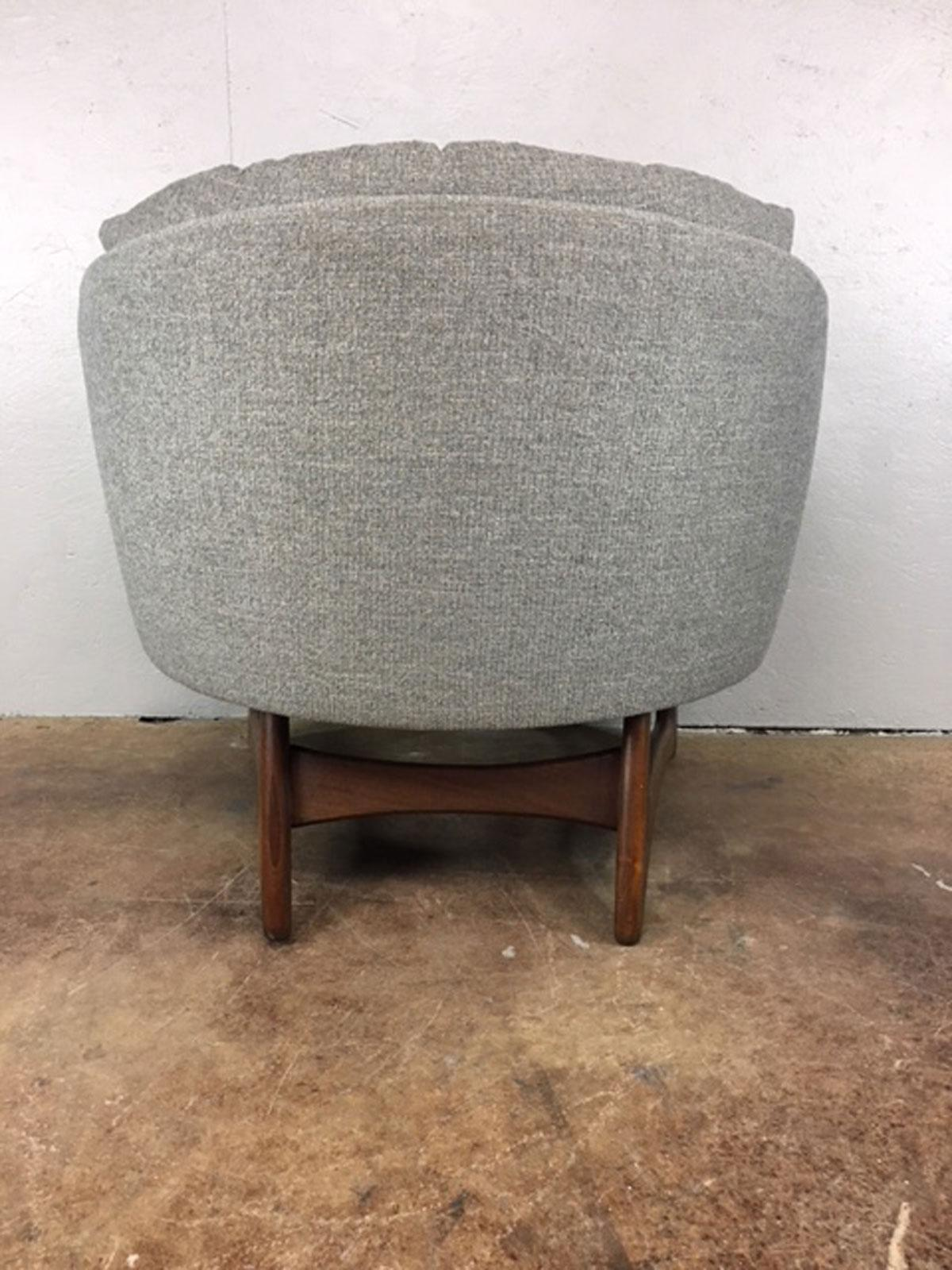 Adrian Pearsall Wide Barrel Lounge Chair For Craft Associates   Image 4 Of 8