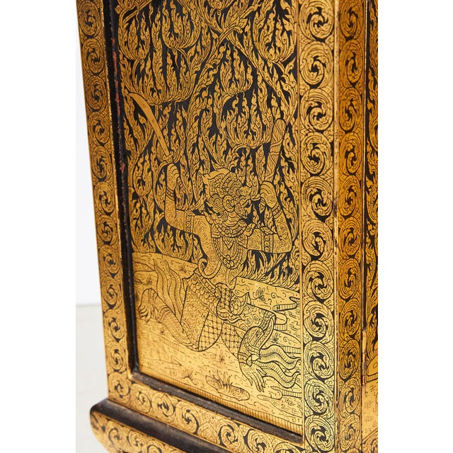 Pair of Thai Manuscript Cabinets of Lacquer and Gold Leaf, 20th Century For Sale - Image 12 of 13