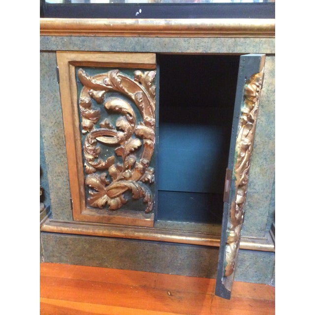 Open Mirrored & Giltwood Display Cabinet For Sale - Image 5 of 10