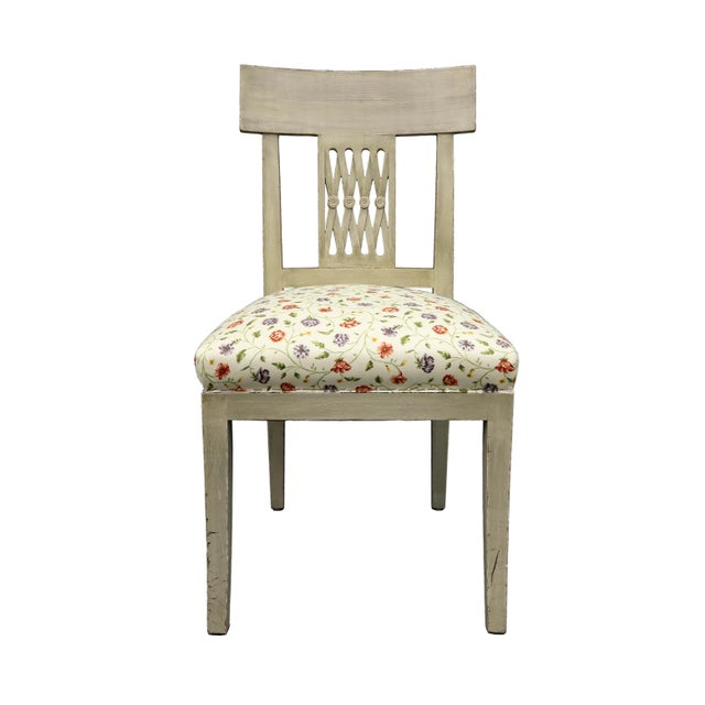 Mid 20th Century Vintage Mid Century Crisscross Back Floral Print Chair For Sale - Image 5 of 5