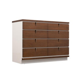 Mid-Century Modern Lacquered Chest of Drawers For Sale