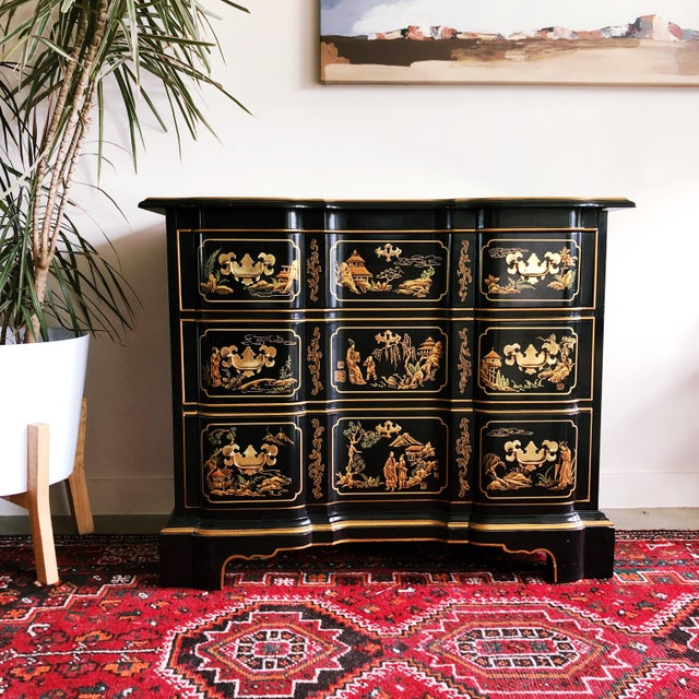 Chinoiserie style 3 drawer dresser by Drexel Heritage; part of their Et Cetera collection. The dresser features stunning...