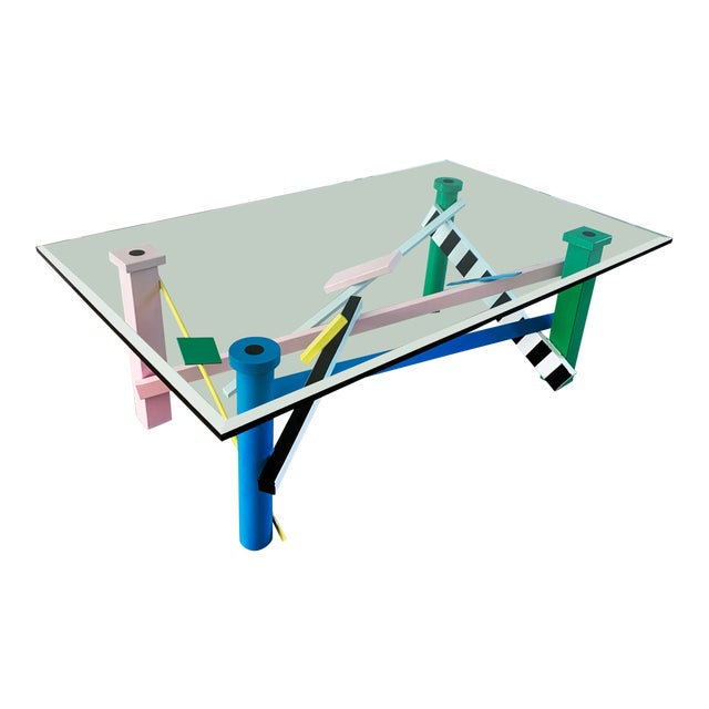 Post Modern Memphis Milano Style Coffee Table For Sale