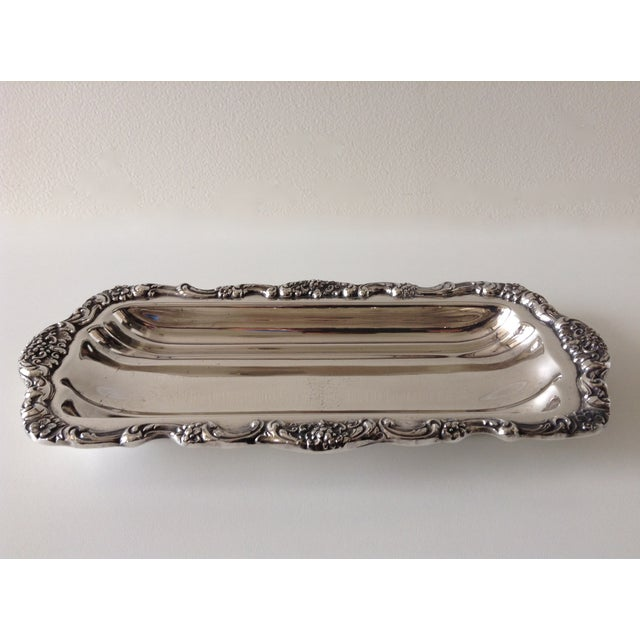 1970's Georgian-style silver plated platter or serving tray by Towle Company. Manufactured in India. In great condition,...