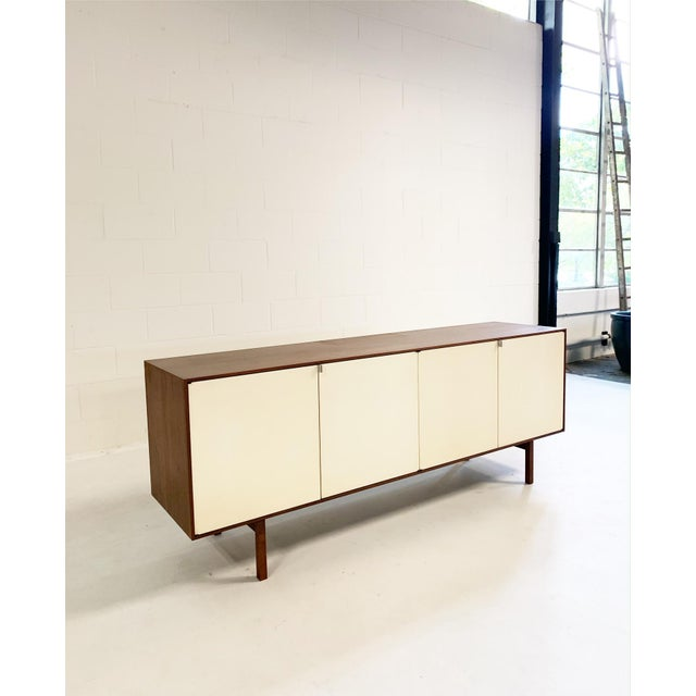 1970s Florence Knoll Model 541 Cabinet For Sale - Image 5 of 10