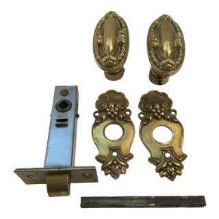 Decorative Victorian Style Oval Doorknobs and Rosettes For Sale