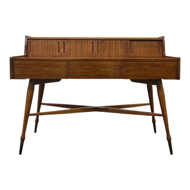 Vintage Hooker Mainline Mid-Century Modern Desk For Sale