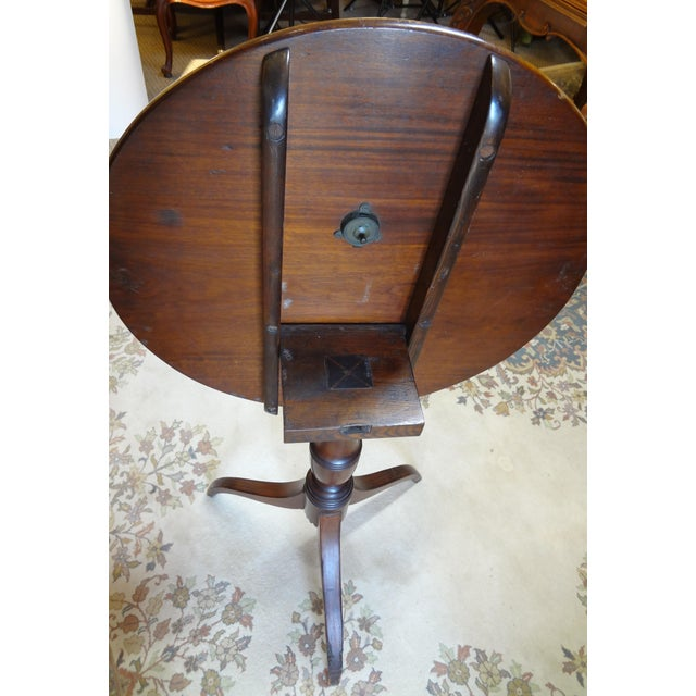 Traditional 18th Century George III Tilt Top Tea Table For Sale - Image 3 of 13