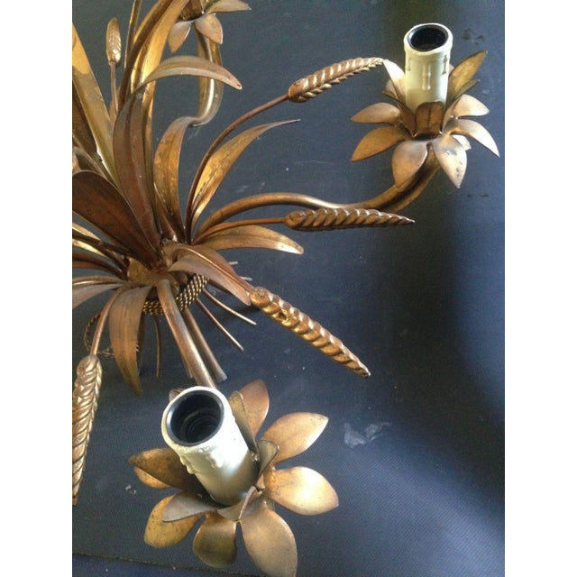 Mid-Century Modern 1950's Maison Bagues Antiqued Gilt Tole 5 Light Sheaf of Wheat Chandelier For Sale - Image 3 of 11