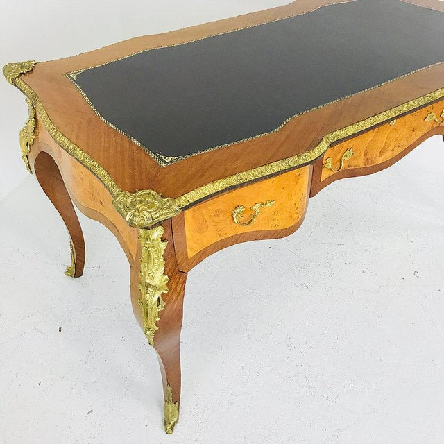 Late 20th Century French Ormolu Desk With Burl Wood & Leather Top For Sale - Image 5 of 7