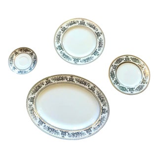 Wedgewood Oval Black Columbia Platter & Plates - Set of 4 For Sale