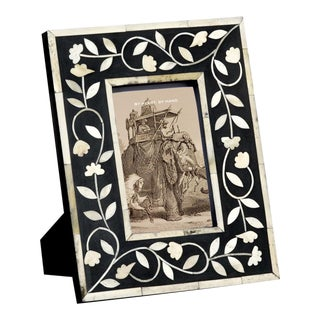 Imperial Beauty Frame in Black & White For Sale