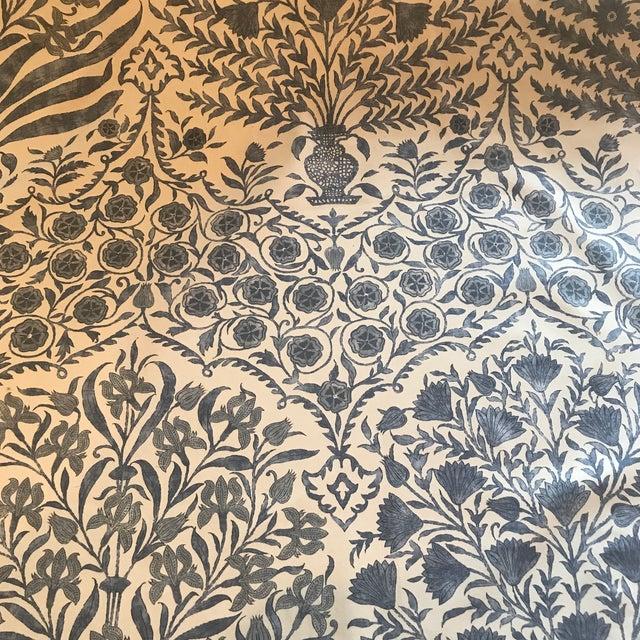 Cotton Oscar De La Renta Lee Jofa Sameera Fabric For Sale - Image 7 of 7