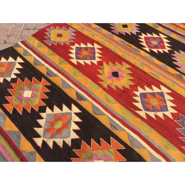 1960s Vintage Aztec Kilim Rug For Sale - Image 5 of 9