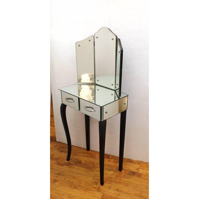 Glass 1930s Art Deco Antique Mirrored Surface and Trifold Mirror Vanity For Sale - Image 7 of 10