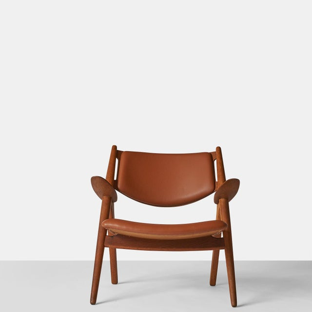 Pair of Sawbuck Chairs, Model Ch-28 by Hans Wegner For Sale In San Francisco - Image 6 of 8