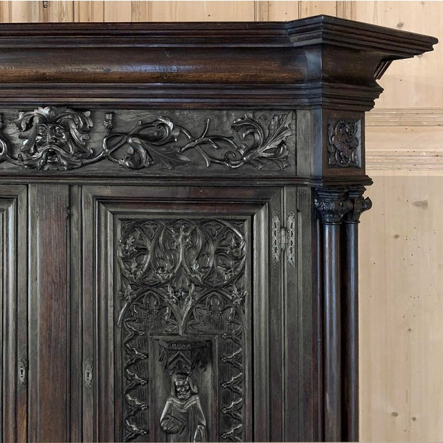 19th Century French Gothic Buffet a Deux Corps ~ Cabinet For Sale In Dallas - Image 6 of 13