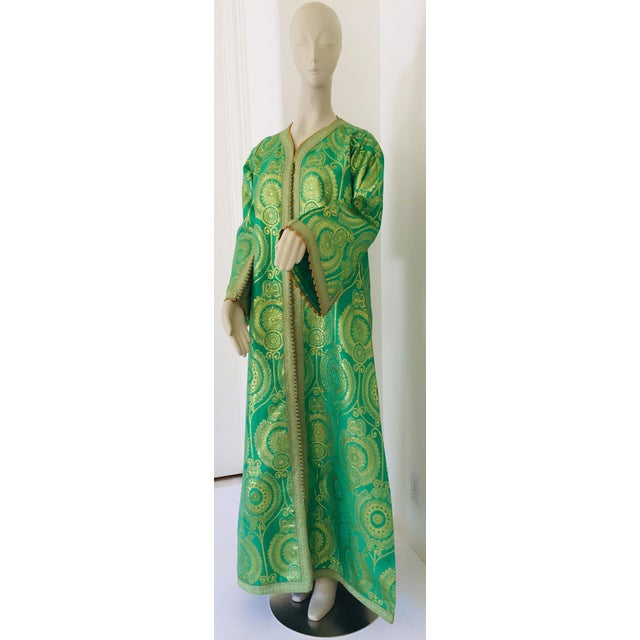 Elegant Moroccan Caftan Lime Green and Gold Metallic Floral Brocade For Sale - Image 13 of 13