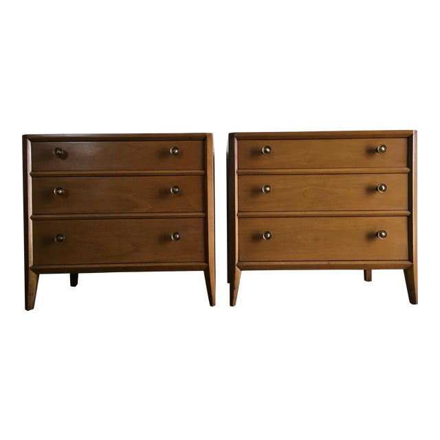 Vintage Mid Century Modern Nightstands by Mount Airy (a Pair) For Sale