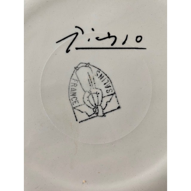 Ceramic 1960s Picasso Plates From Dove of Peace Series - a Pair For Sale - Image 7 of 8