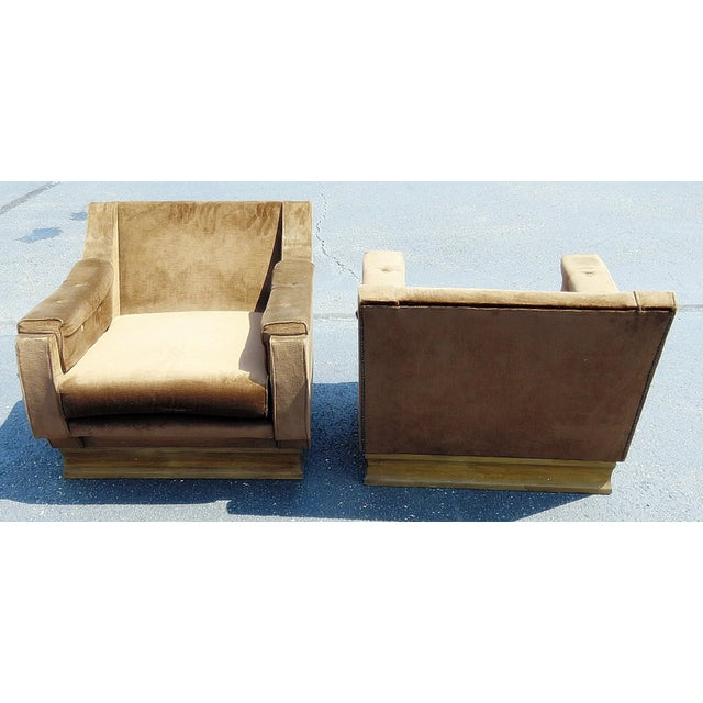 Mid 20th Century Pair of Mid-Century Modern Oversized Lounge Chairs For Sale - Image 5 of 11