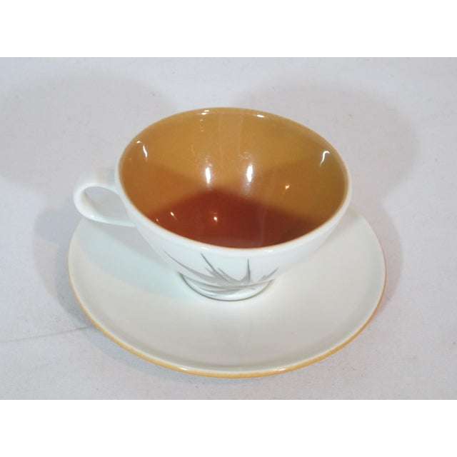 1960s Mid-Century Iroquois China Cup and Saucers - Service for 10 For Sale - Image 5 of 7