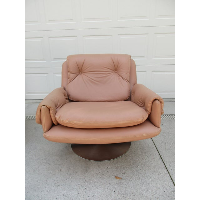 Mid-Century Modern Swivel Lounge Chairs on Unique Cantilever Base -A Pair For Sale - Image 11 of 13