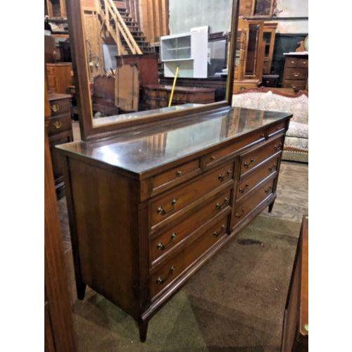 Mid-Century Modern Phenix Furniture Co. Mid-Century Modern Dresser with Mirror For Sale - Image 3 of 8