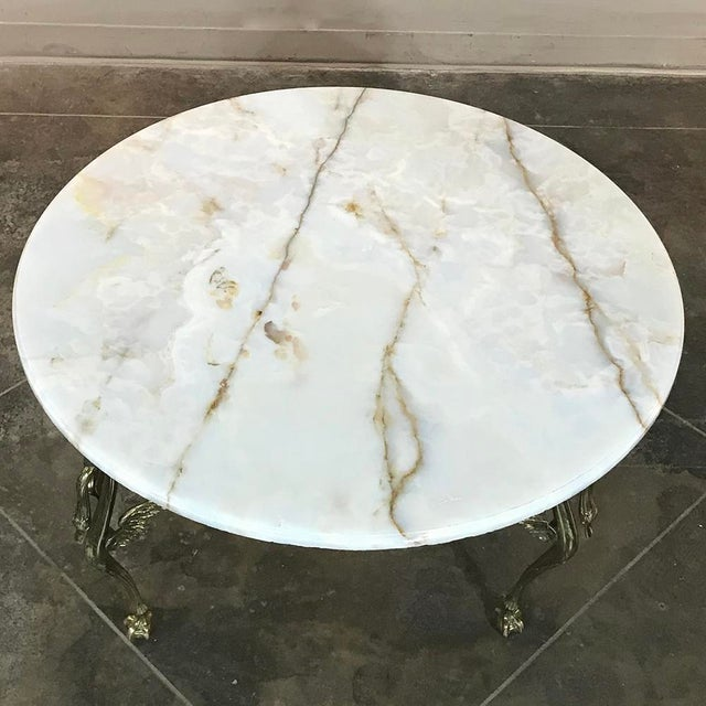 Mid-Century French Brass & Onyx Round Coffee Table For Sale In Dallas - Image 6 of 11