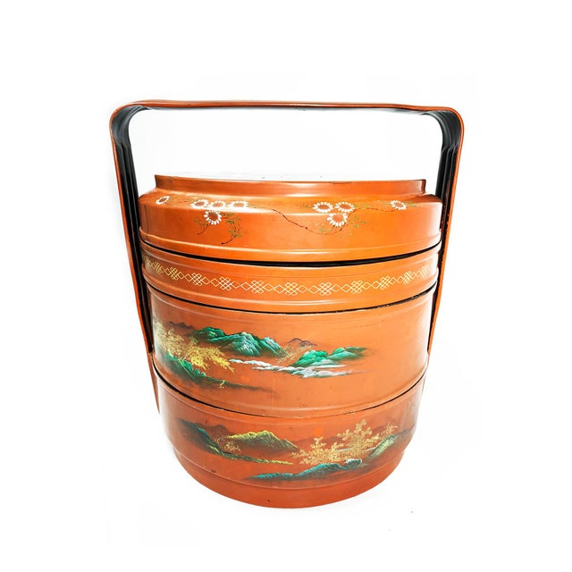 Asian Vintage Chinese Mid Century Lacquer Hand Painted Wedding Box For Sale - Image 3 of 5