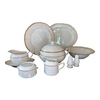 1990s Noritake Ashland 7357 Ivory China Dinnerware 13 Place Settings Plus Extra - 89 Piece Set For Sale