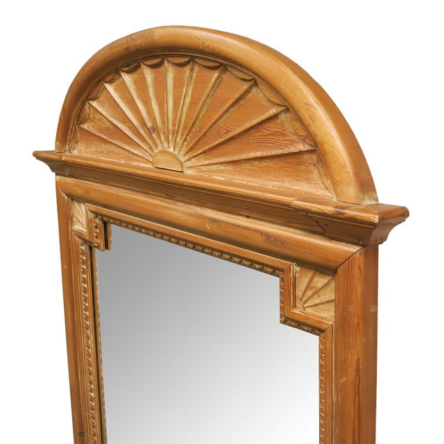 Georgian 1900s Vintage La Barge Carved Pine Georgian Style Mirrors- a Pair For Sale - Image 3 of 5