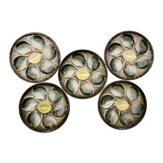 Mid 20th Century Majolica Oyster Plates With Lime Center - Set of 5 For Sale
