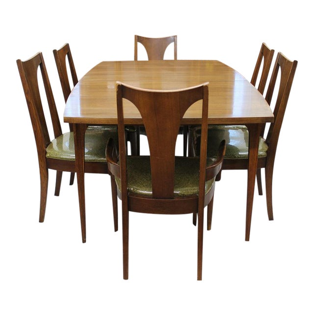 Broyhill Brasilia dining set table, leaf and 6 chairs   Chairish
