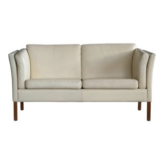 1960s Danish Loveseat in Cream Leather Attributed to Borge Mogensen For Sale