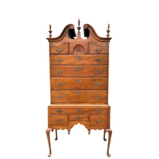 1880's American Queen Anne Style Tiger Maple Highboy For Sale