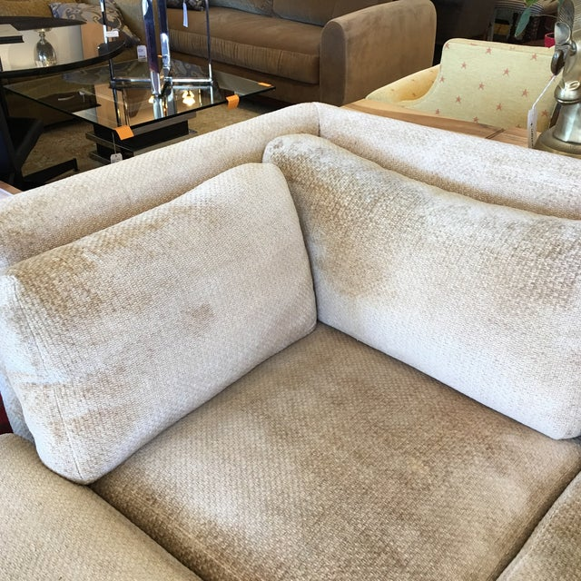 Kreiss 4-Piece Beige Sectional - Image 5 of 10