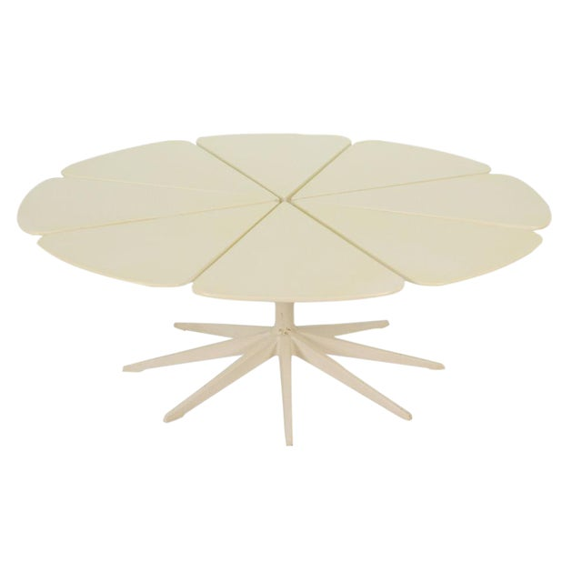 Richard Schultz for Knoll Petal Coffee Table For Sale