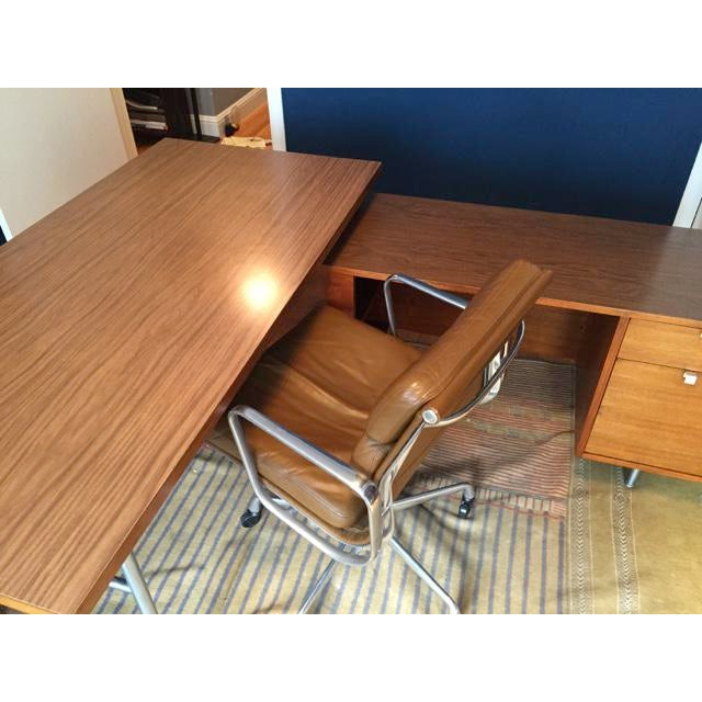 George Nelson Executive Office Group for Herman Miller. Earlier version with round, brushed steel legs vs. later square...