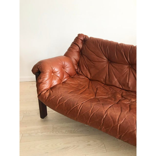 Brown 1960s Jean Gillon Brazilian Rosewood Leather Sling Sofa by Italma For Sale - Image 8 of 9