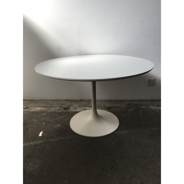 Burke 1960s White Tulip Dining Table - Image 4 of 12