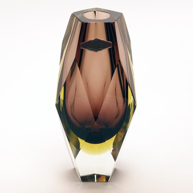1960s Vintage Luigi Mandruzzato Pentagonal Amethyst Diamond Cut Block Vase For Sale - Image 12 of 12
