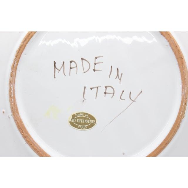 1950s 1950s Folk Art La Musa Hand-Painted Sicilian Decorative Plate For Sale - Image 5 of 6