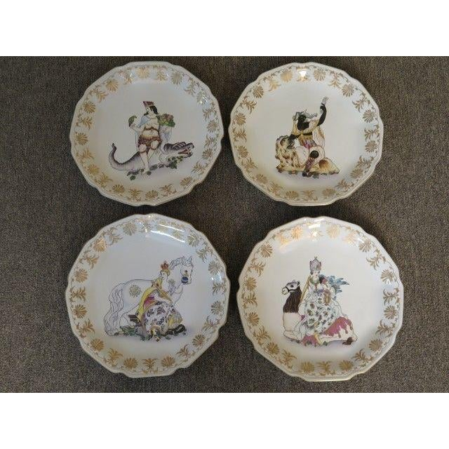 Chelsea House Paint Decorated Wall Plates - Set of 4 For Sale In Philadelphia - Image 6 of 6