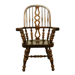 Vintage Ethan Allen Antiqued Pine Old Tavern Bowback Dining Arm Chair For Sale