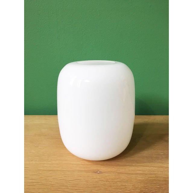Glass Vintage Timo Sarpaneva Jurmo White Glass Vase For Sale - Image 7 of 7