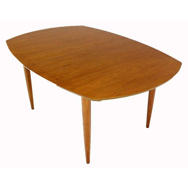 John Stuart Mid Century Modern Walnut Dining Table with Two Leaves For Sale - Image 9 of 10