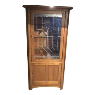 1990s Mission Stickley Corner China Cabinet - Light Cherry For Sale