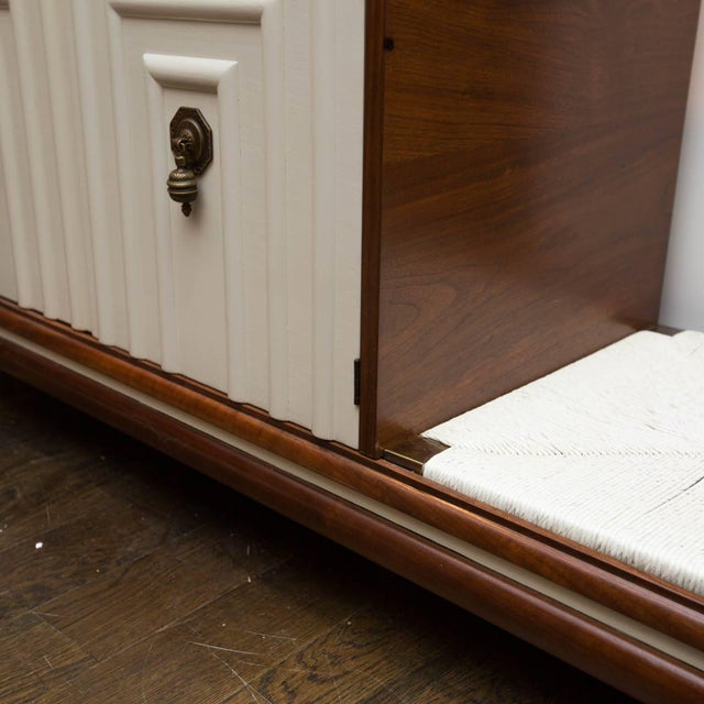 Hollywood Regency Renzo Rutili Midcentury Cabinet Bench for Johnson Furniture For Sale - Image 3 of 10