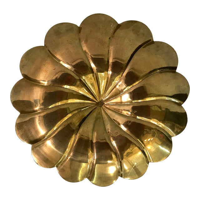 Mid-Century Modern Brass Petal Shaped Bowl Wall Hanging For Sale